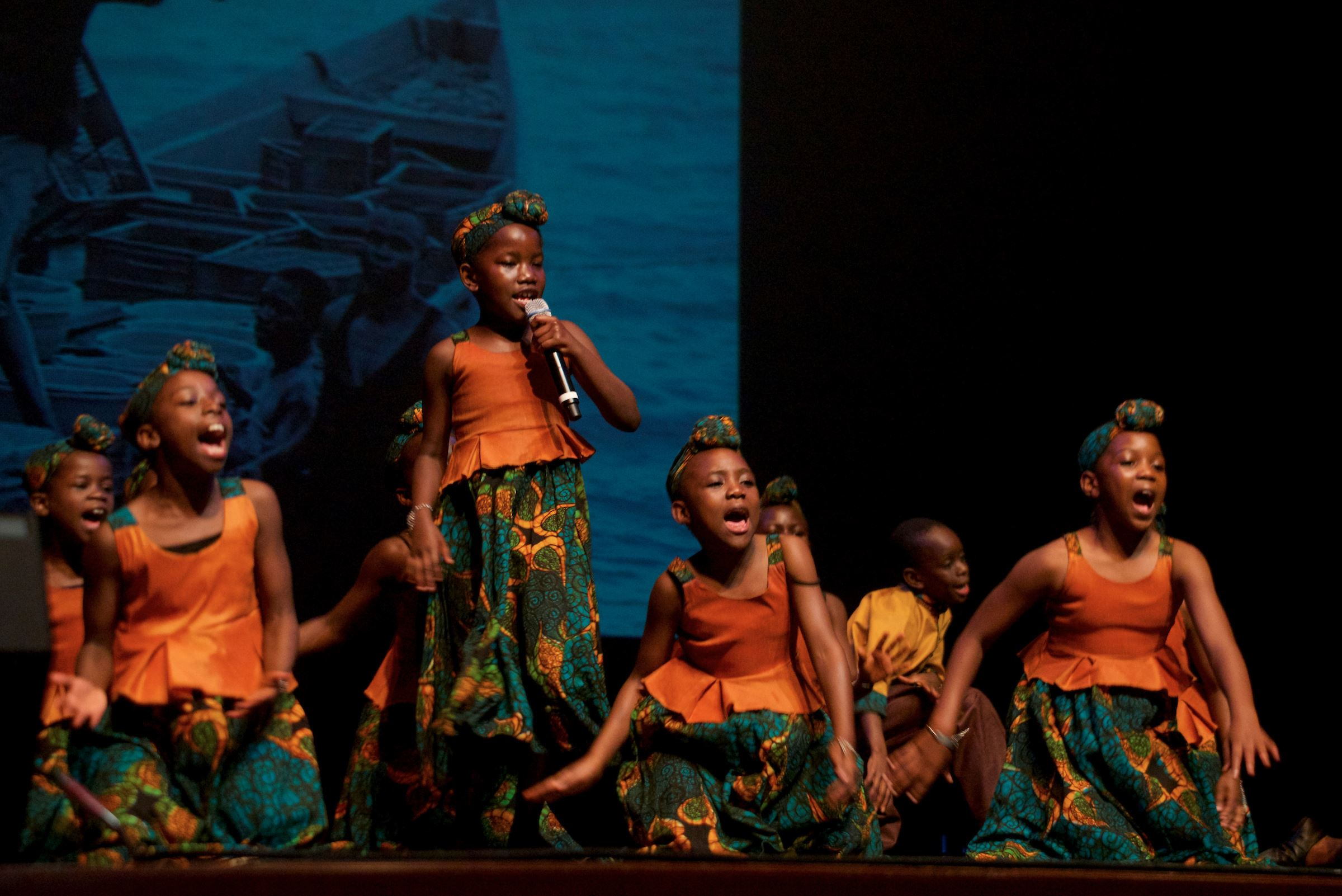 African Childrens Choir  (13)