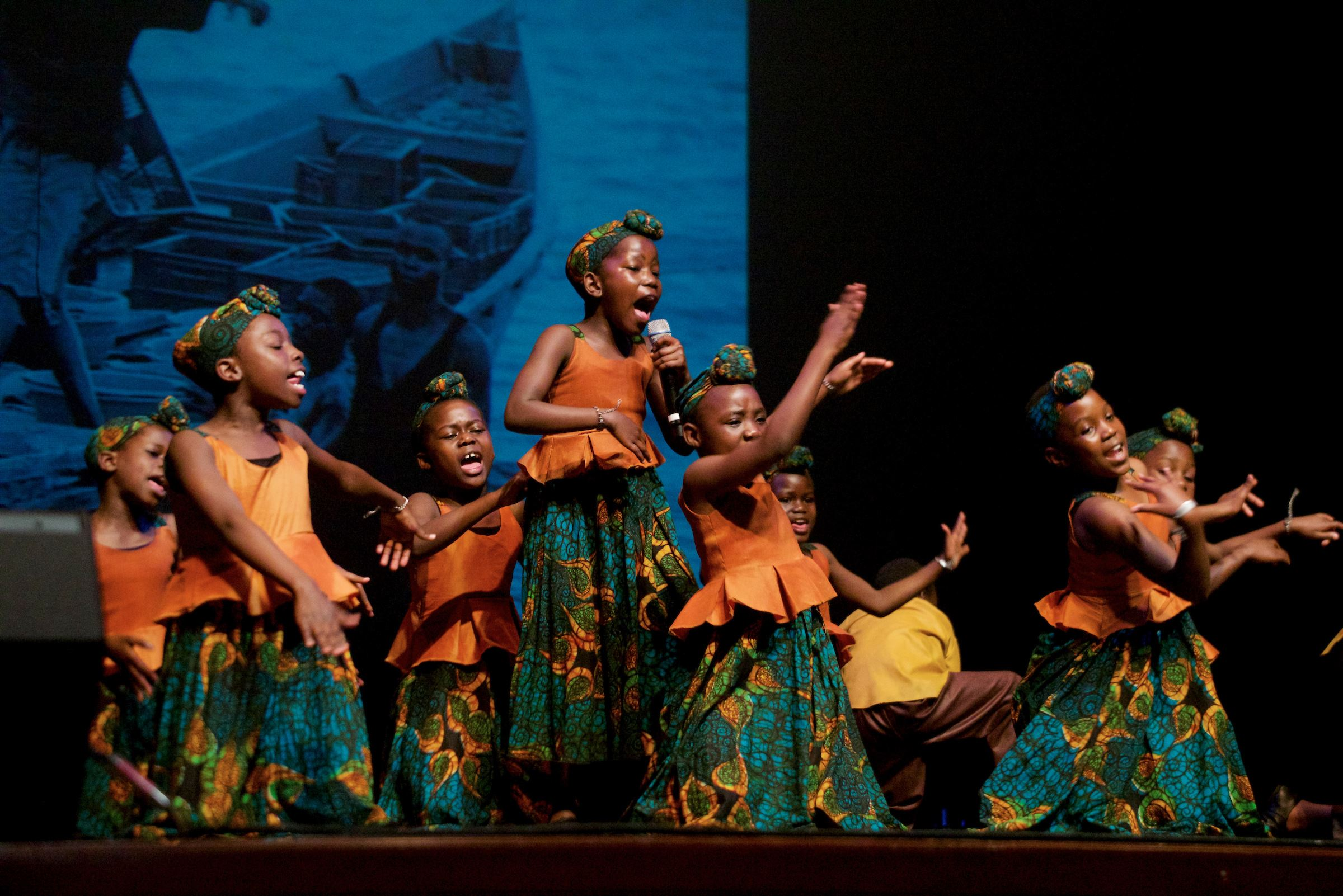 African Childrens Choir  (16)